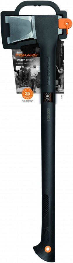 129030_fiskars_axe_365_limited_edition_pack_21399 copy.jpg